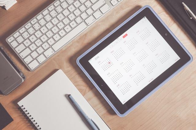 Instrucciones para abrir documentos en Calendar Creator