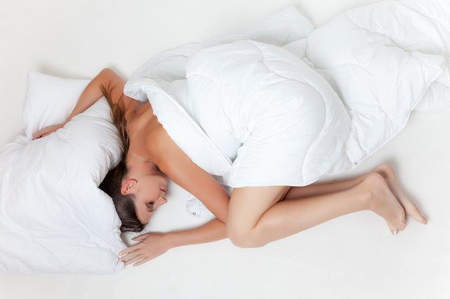 Alivie su insomnio con estos sencillos pasos.