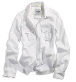 camisa blanca de hombre
