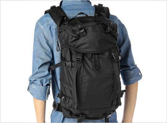 Cómo empacar una mochila sin arrugar la ropa - yComo