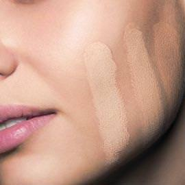 Como escoger la base de maquillaje correcta