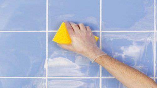 C mo limpiar residuos de jab n en la ducha ycomo for Jabon neutro para limpiar muebles