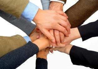 Defina el trabajo en equipo