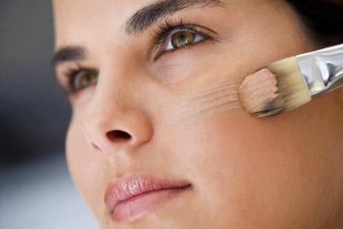 3 Formas practicas de cubrir una cicatriz en la cara