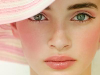 Como aplicar el rubor segun la forma de su rostro