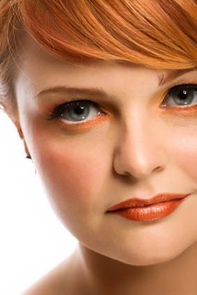 Sombra de ojos que complementa el color de los ojos3