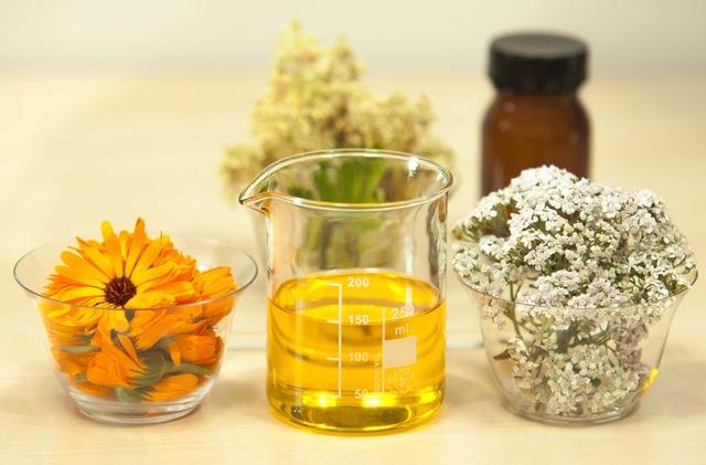 Use el aceite de argán para un pelo hermoso.