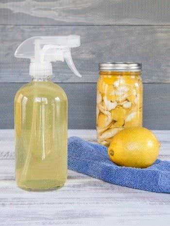 3 Limpiadores Esenciales Hechos en Casa para que su Cocina Brille