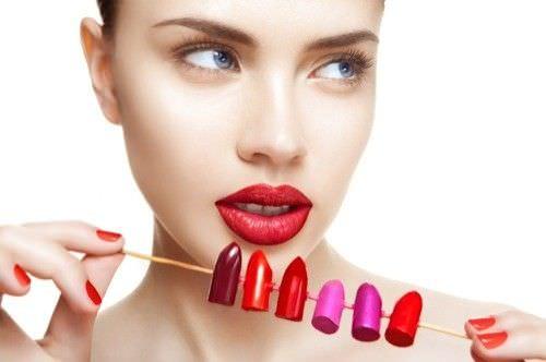 Como elegir el lapiz labial que mejor complemente su tez1