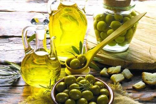 Los Mejores Beneficios del Aceite de Oliva para la Piel el Cabello y la Salud
