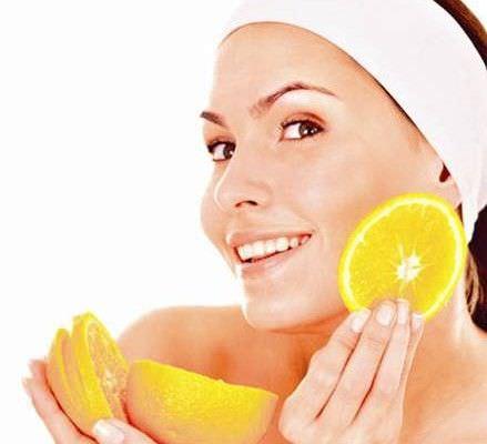 5 Formas de Utilizar Limones en Su Rutina de Belleza