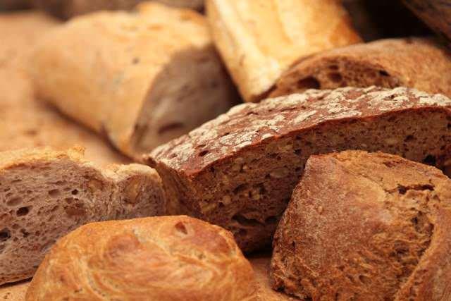 Use su imaginación para sustituir las migas de pan.